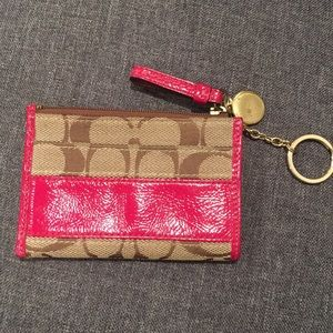 COACH coin purse with keychain - good condition
